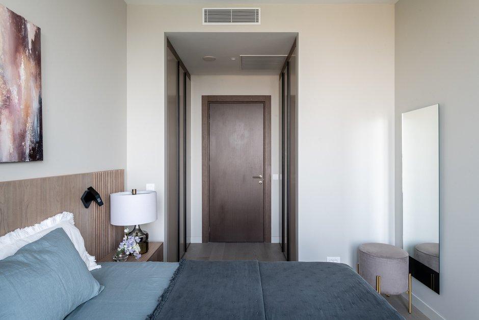 Фотография: Спальня в стиле Современный, Квартира, Проект недели, Москва, 2 комнаты, 60-90 метров, Huge Studio, Лина Князева – фото на INMYROOM