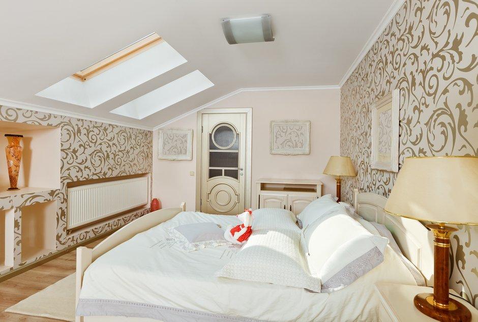 Фотография: Спальня в стиле Классический, Современный, Декор интерьера, Интерьер комнат, Цвет в интерьере, Белый – фото на INMYROOM