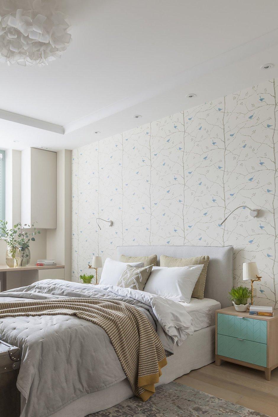 Фотография: Спальня в стиле Современный, Квартира, Проект недели, Москва, 2 комнаты, 60-90 метров, Виктория Скоробогатько – фото на INMYROOM