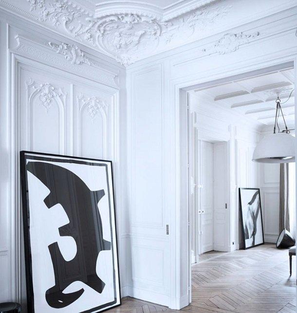 Фотография: Декор в стиле Эклектика, Декор интерьера, Дом, Мебель и свет, Полки, Лепнина – фото на InMyRoom.ru