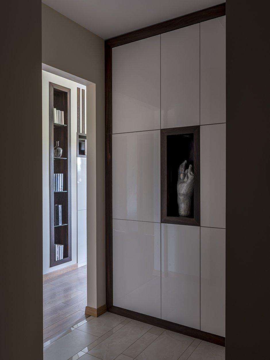 Фотография: Прихожая в стиле Современный, Квартира, Проект недели, Лидия Большакова, Новогорск, 4 и больше, Более 90 метров – фото на INMYROOM
