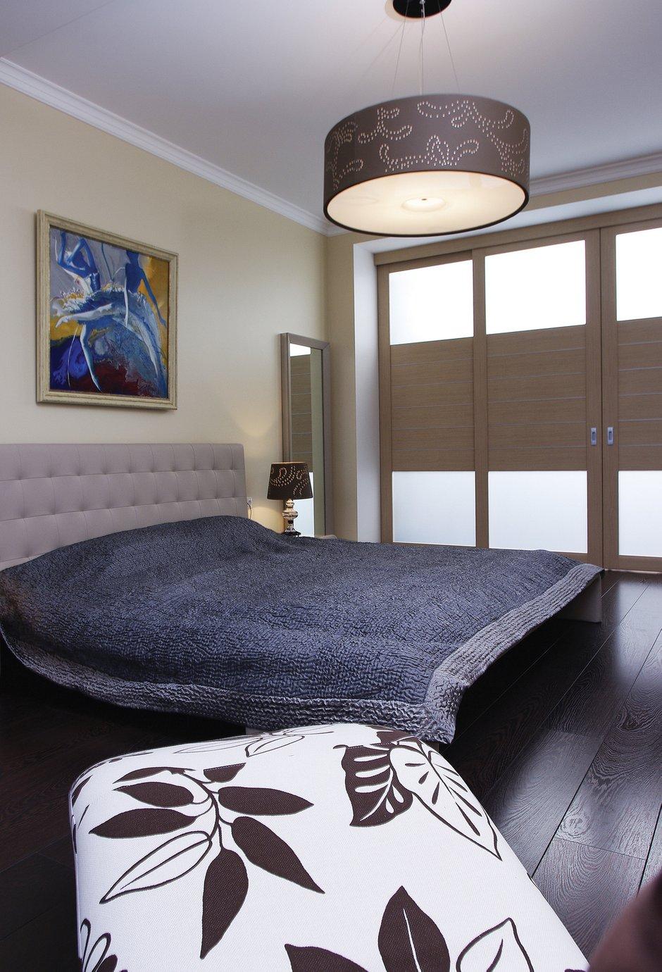 Фотография: Спальня в стиле Современный, Квартира, Цвет в интерьере, Дома и квартиры, Белый, Минимализм – фото на INMYROOM