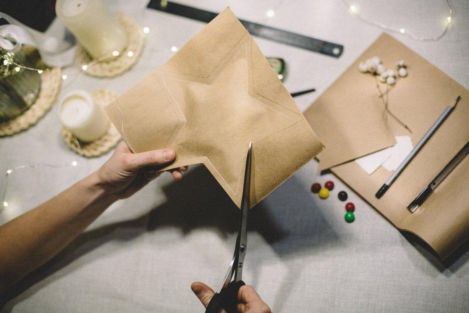 Фотография:  в стиле , DIY, идеи сервировки, новогодняя сервировка стола, праздничная сервировка стола – фото на INMYROOM