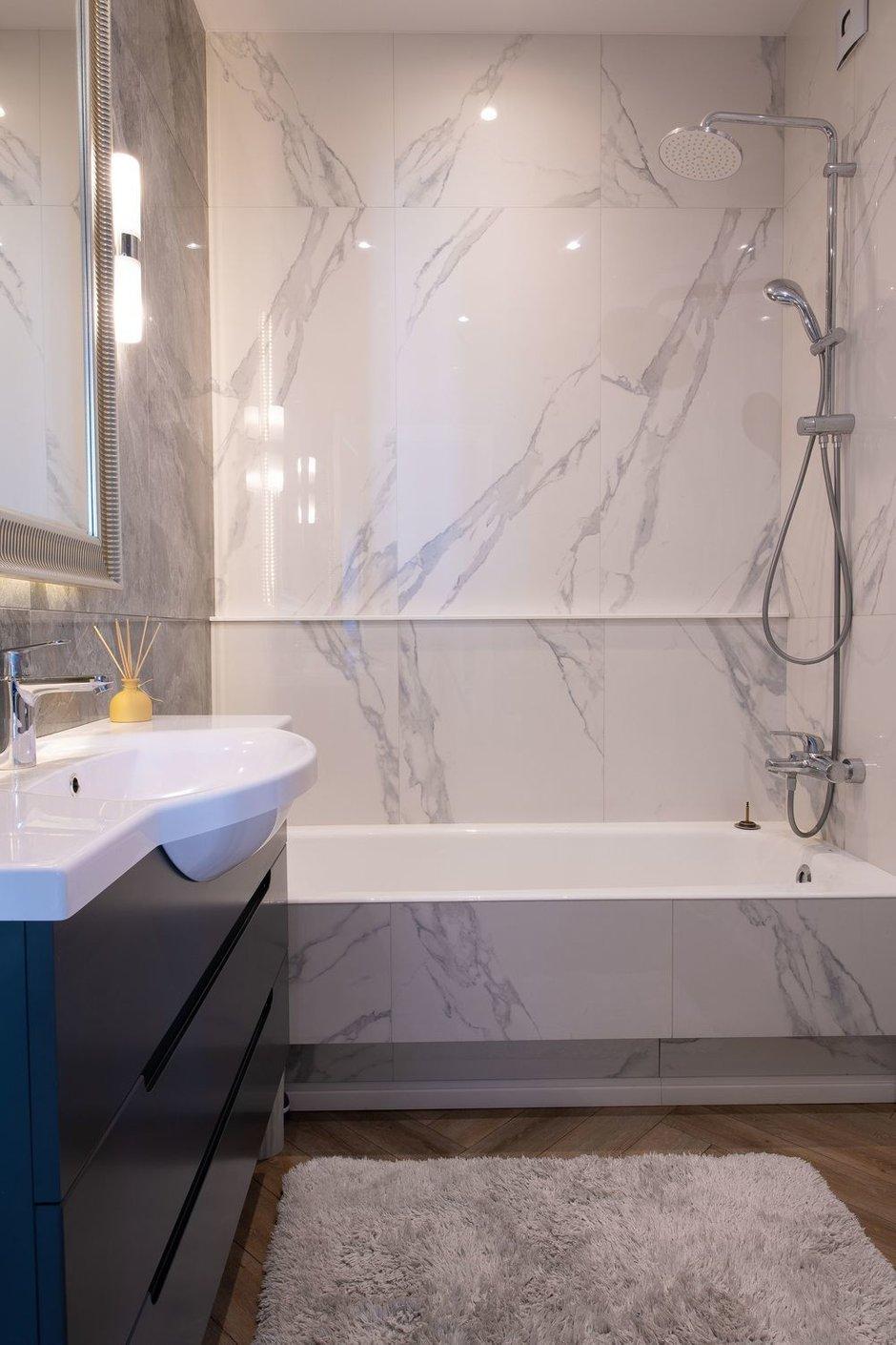 Фотография: Ванная в стиле Современный, Квартира, Проект недели, Москва, Buro Brainstorm, 3 комнаты, 60-90 метров – фото на INMYROOM