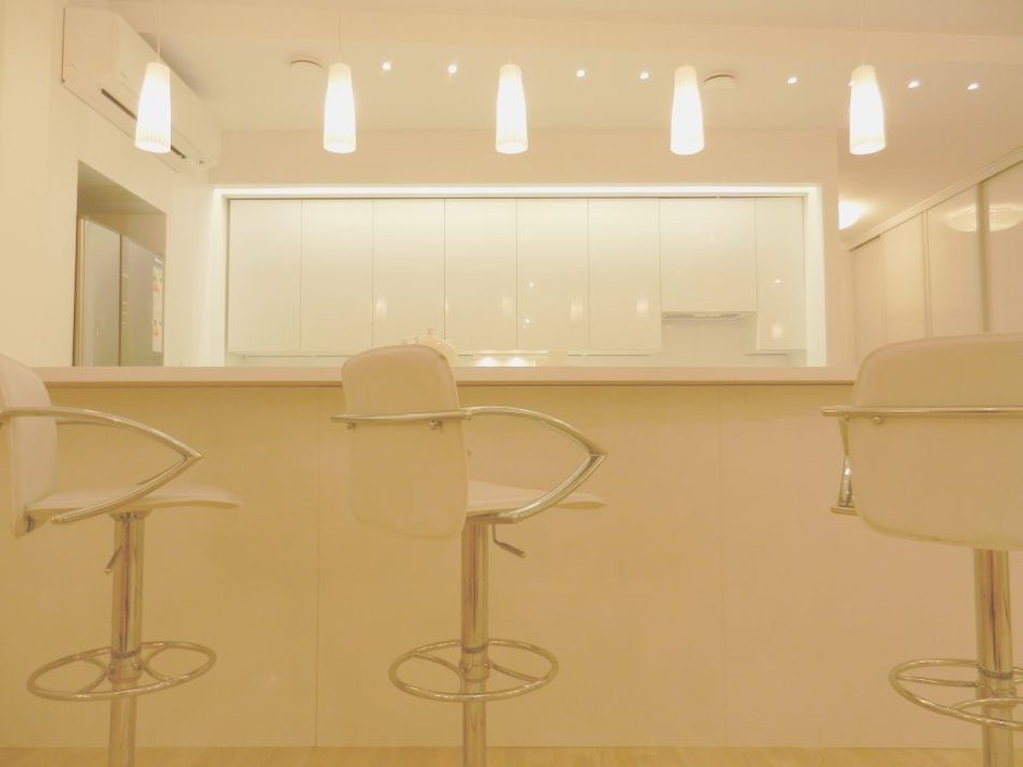 Фотография: Прочее в стиле , Кухня и столовая, Скандинавский, Интерьер комнат, Цвет в интерьере, Белый, IKEA – фото на INMYROOM