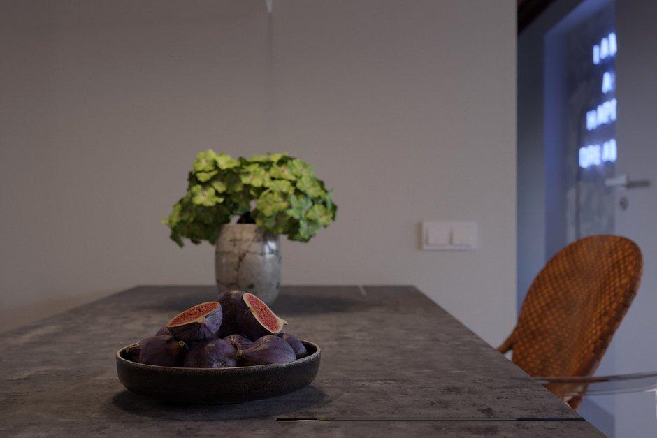 Фотография: Кухня и столовая в стиле Современный, Эклектика, Квартира, Испания, Белый, Проект недели, 2 комнаты, 40-60 метров, Бенидорм, Сергей Рынденкин – фото на INMYROOM