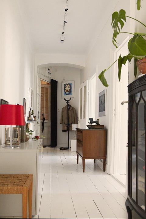 Фотография: Прихожая в стиле Скандинавский, Малогабаритная квартира, Квартира, Швеция, Дома и квартиры – фото на INMYROOM
