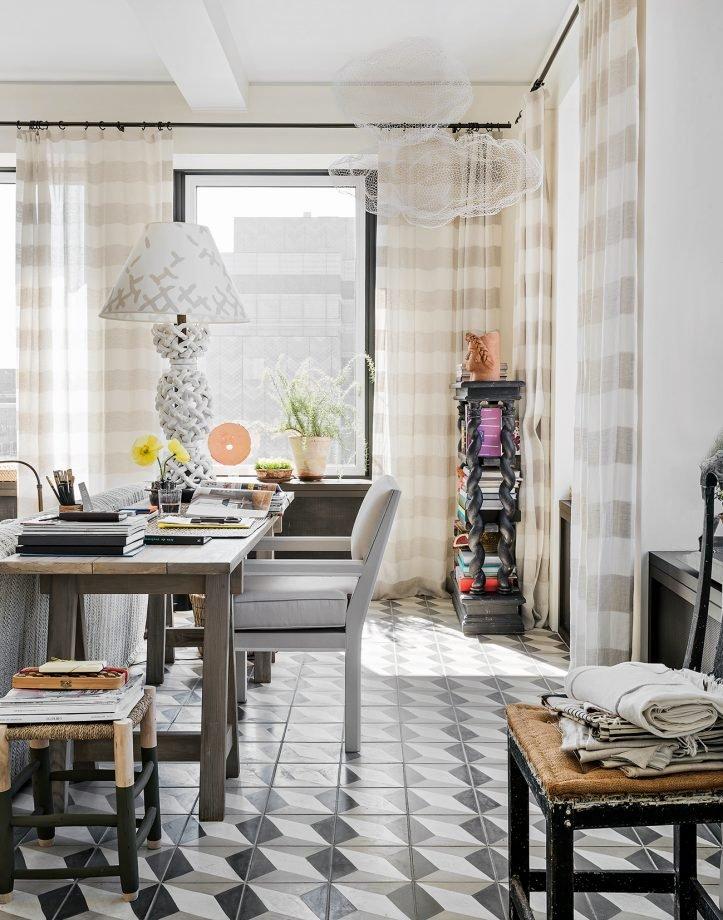 Фотография: Кабинет в стиле Прованс и Кантри, Декор интерьера, Малогабаритная квартира, Квартира, Нью-Йорк, Гид – фото на INMYROOM