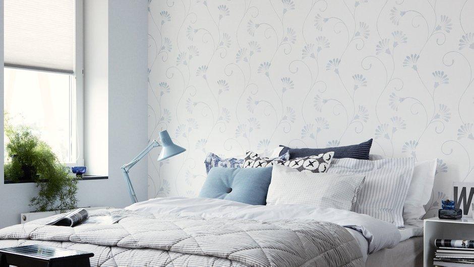 Фотография: Спальня в стиле Скандинавский, Современный, Декор интерьера, Дизайн интерьера, Цвет в интерьере, Обои, Стены, Эко – фото на INMYROOM
