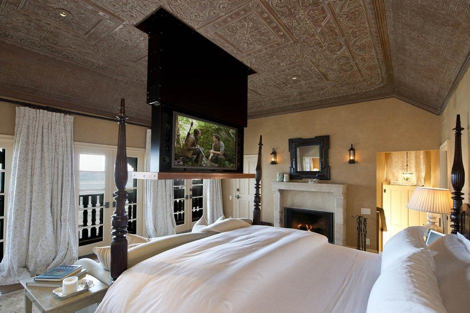 Фотография: Спальня в стиле Прованс и Кантри, Классический, Современный, Декор интерьера, Дом, Дома и квартиры, Интерьеры звезд – фото на INMYROOM