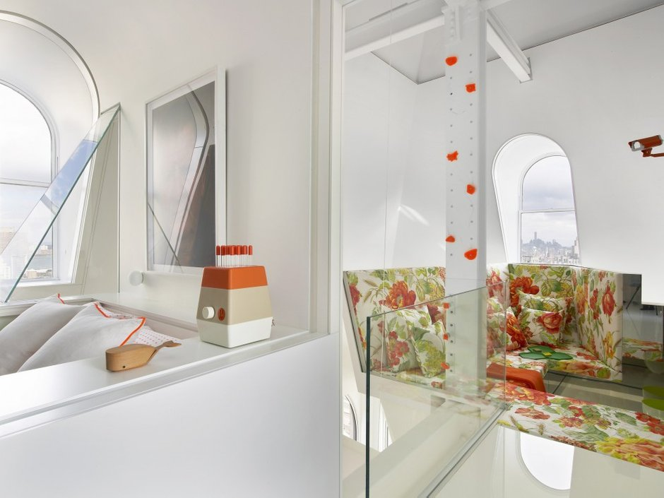 Фотография:  в стиле Современный, Лофт, Декор интерьера, Квартира, Цвет в интерьере, Дома и квартиры, Белый – фото на INMYROOM