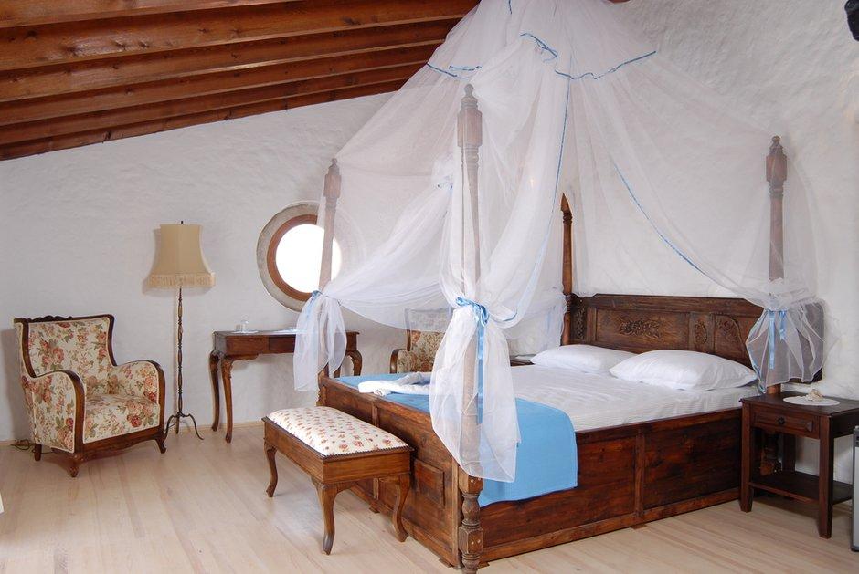 Фотография: Спальня в стиле Прованс и Кантри, Классический, Современный, Декор интерьера, Квартира, Дом, Декор дома – фото на INMYROOM