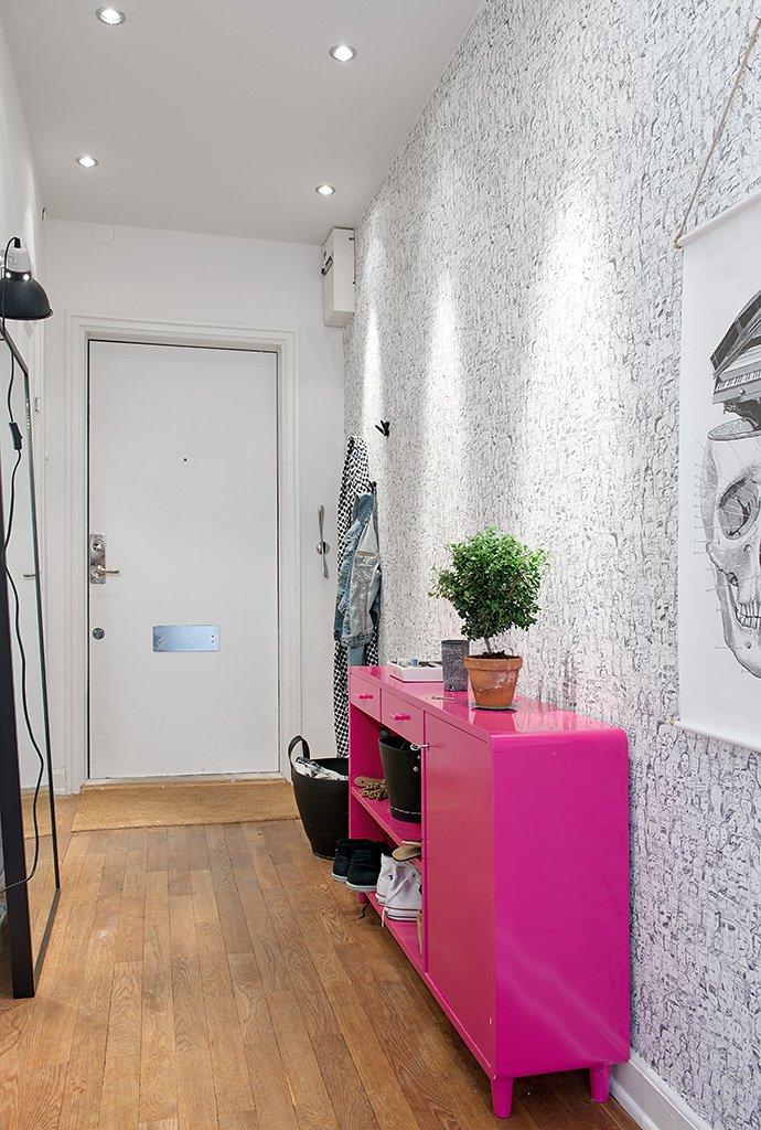Фотография: Прихожая в стиле Скандинавский, Современный, Декор интерьера, Квартира, Швеция, Цвет в интерьере, Дома и квартиры, Белый, Гетеборг – фото на INMYROOM