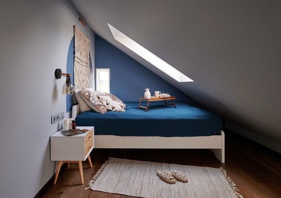 Фотография: Спальня в стиле Современный, Проект недели, Дом и дача, Долгопрудный, Таунхаус, 4 и больше, 60-90 метров, Дарья Косачева, небольшая спальня – фото на INMYROOM