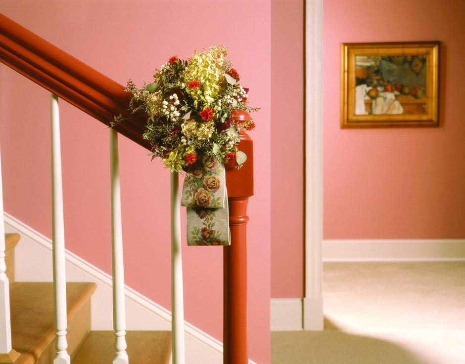 Фотография: Прихожая в стиле Прованс и Кантри, Декор интерьера, Дизайн интерьера, Цвет в интерьере, Красный – фото на INMYROOM