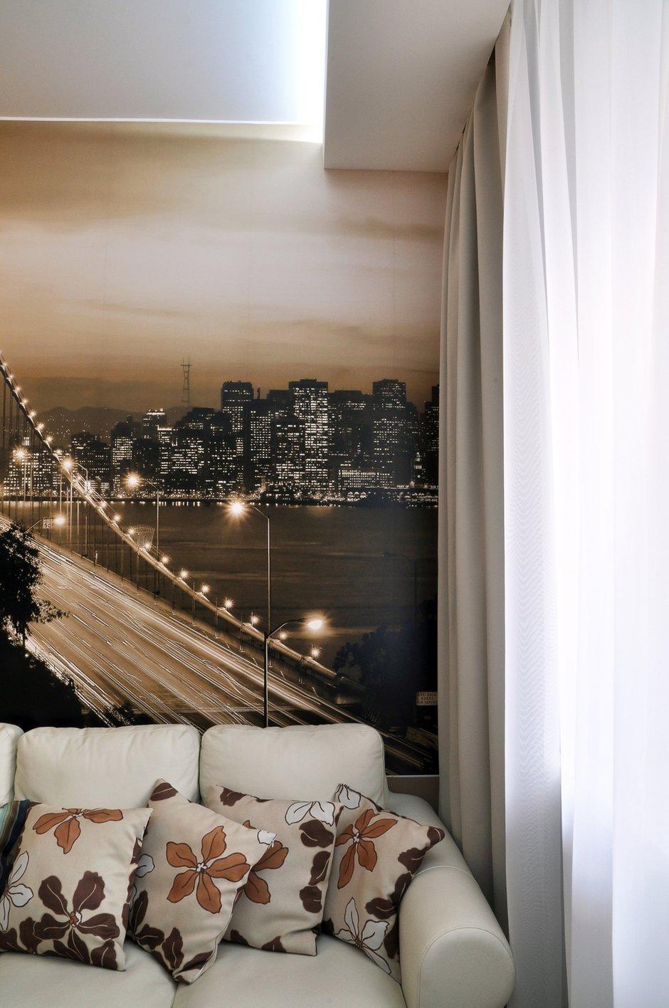 Фотография: Гостиная в стиле Лофт, Современный, Малогабаритная квартира, Квартира, Цвет в интерьере, Дома и квартиры, Белый, Переделка – фото на INMYROOM
