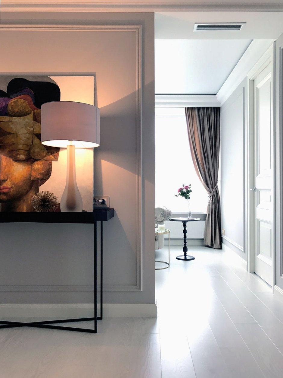 Фотография: Прихожая в стиле Современный, Классический, Квартира, Проект недели, Екатеринбург, Монолитный дом, 3 комнаты, Более 90 метров, MEDIANA interiors – фото на INMYROOM