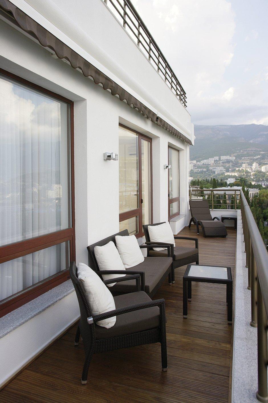 Фотография: Балкон, Терраса в стиле Современный, Квартира, Цвет в интерьере, Дома и квартиры, Белый, Минимализм – фото на INMYROOM