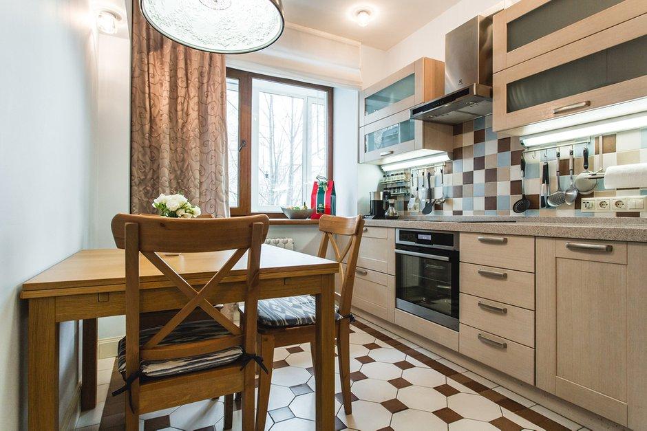 Фотография: Кухня и столовая в стиле Современный, Классический, Квартира, Проект недели, Jazzberry – фото на INMYROOM