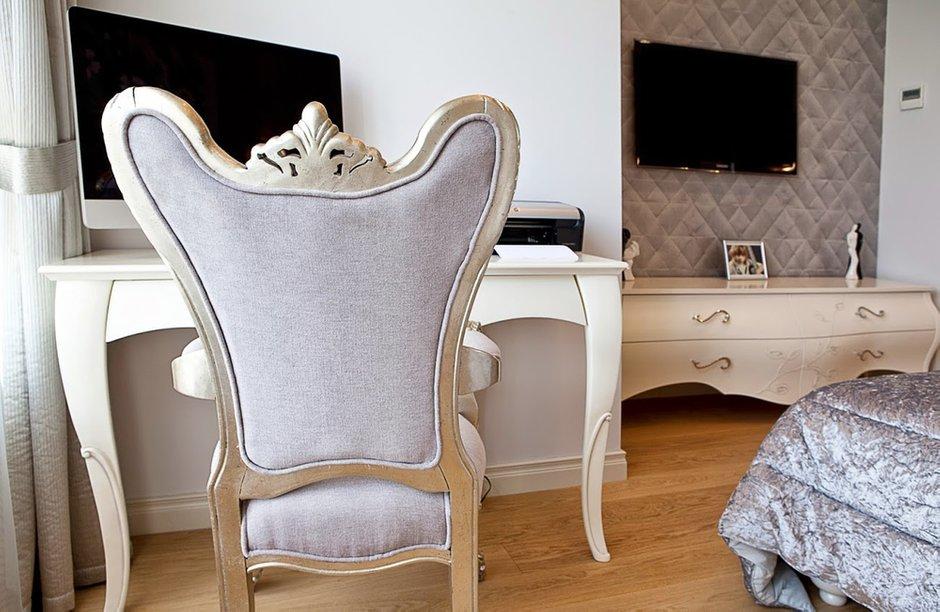 Фотография: Спальня в стиле Классический, Квартира, Дома и квартиры, Проект недели – фото на INMYROOM
