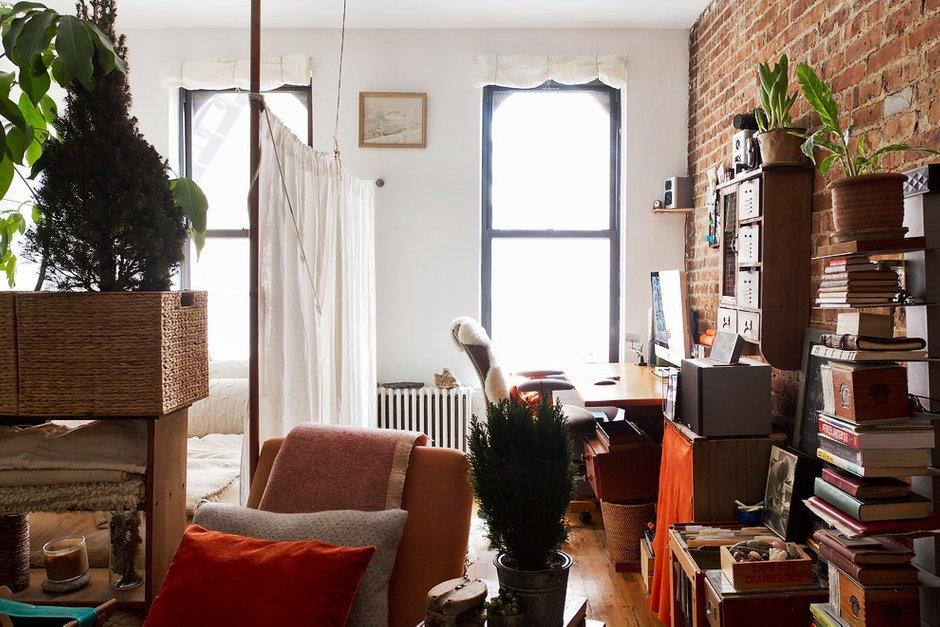 Фотография:  в стиле Лофт, DIY, Малогабаритная квартира, Квартира, Дома и квартиры – фото на INMYROOM