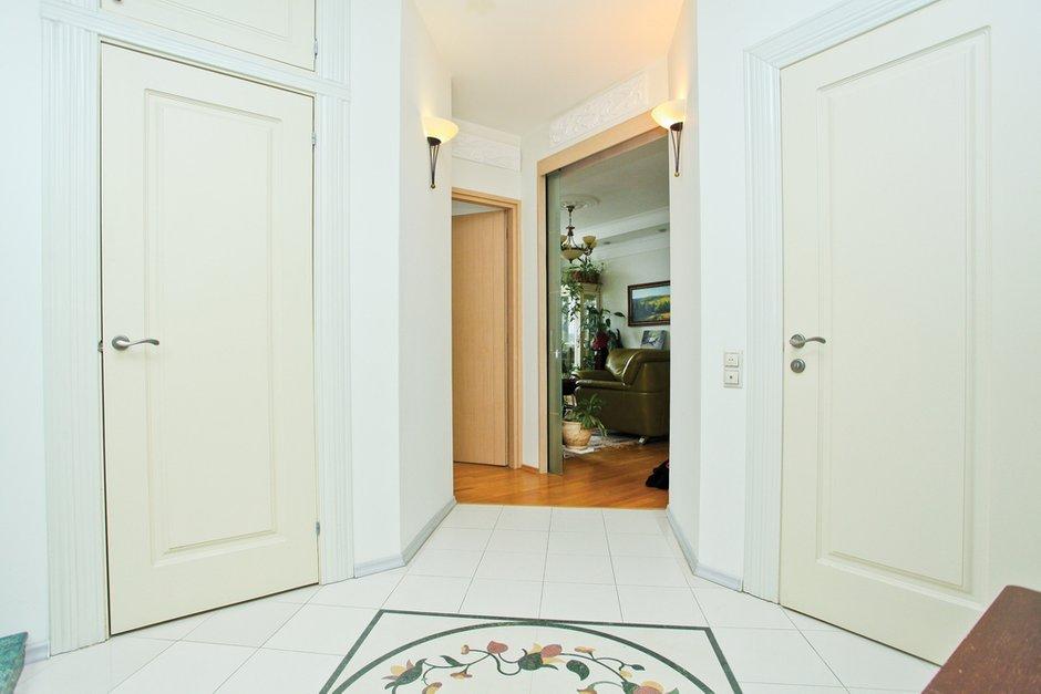 Фотография: Прихожая в стиле Скандинавский, Квартира, Дома и квартиры – фото на INMYROOM