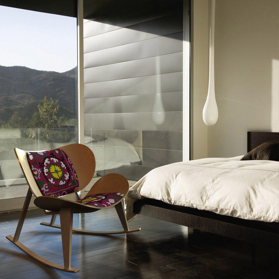 Фотография: Спальня в стиле Прованс и Кантри, Современный, Декор интерьера, Квартира, Дом, Мебель и свет, Кресло-качалка – фото на INMYROOM