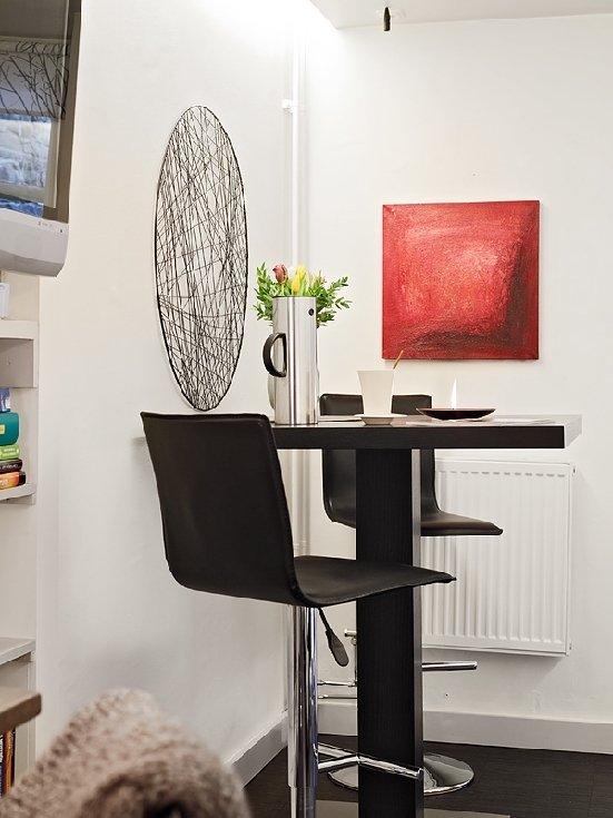 Фотография: Кухня и столовая в стиле Скандинавский, Современный, Эклектика, Малогабаритная квартира, Квартира, Швеция, Дома и квартиры – фото на INMYROOM