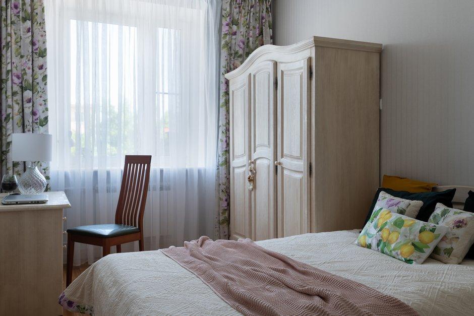 Фотография: Спальня в стиле Классический, Современный, Квартира, Проект недели, Самара, Кирпичный дом, 4 и больше, Более 90 метров, Lumus Design, Любовь Пивоварова – фото на INMYROOM