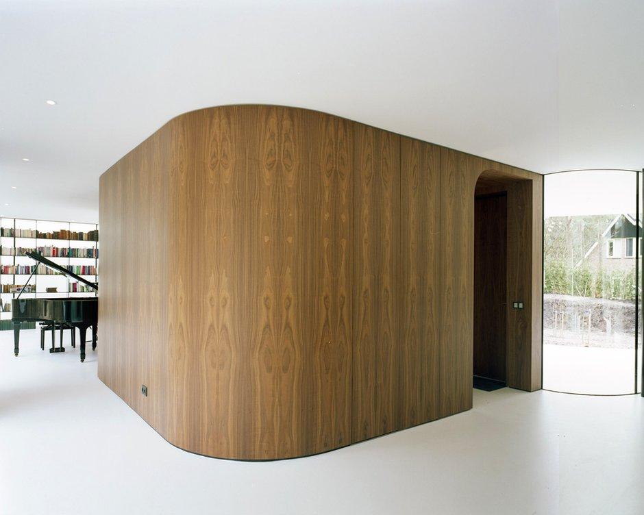 Фотография: Декор в стиле Современный, Декор интерьера, Дом, Дома и квартиры, Архитектурные объекты, Большие окна, Голландия – фото на INMYROOM