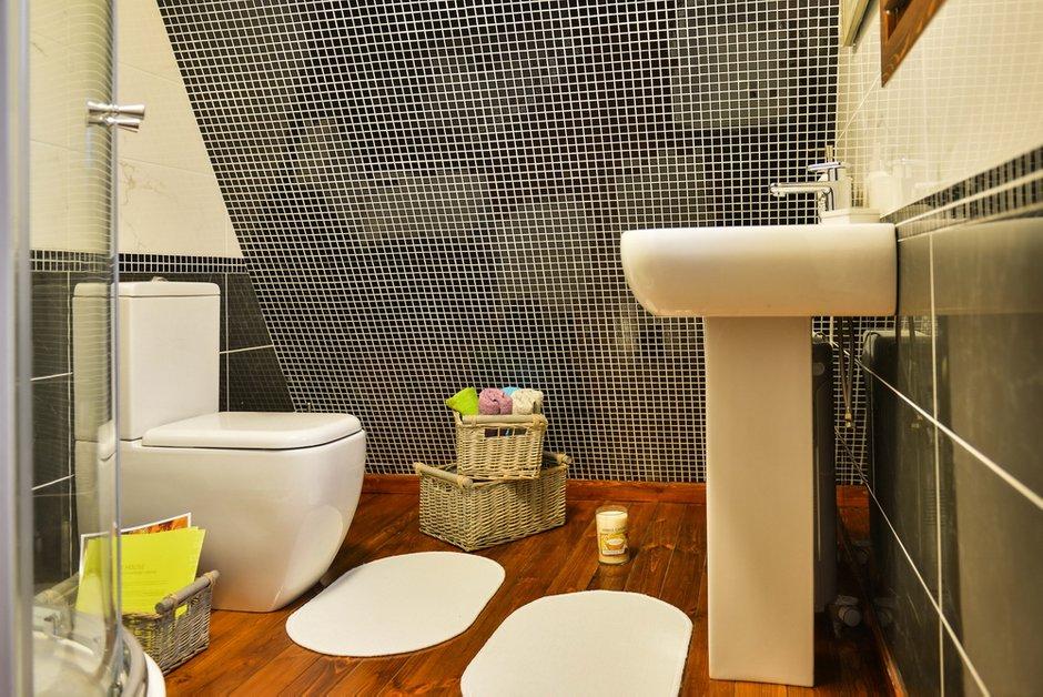 Фотография: Ванная в стиле Современный, Декор интерьера, Дом, Дома и квартиры, Умный дом – фото на INMYROOM