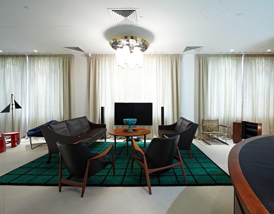 Фотография: Гостиная в стиле , Офисное пространство, Офис, Дома и квартиры, Проект недели – фото на INMYROOM