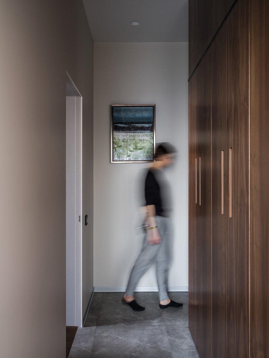 Фотография:  в стиле , Квартира, Минимализм, Проект недели, Москва, Оксана Цымбалова, 4 и больше, Более 90 метров – фото на INMYROOM