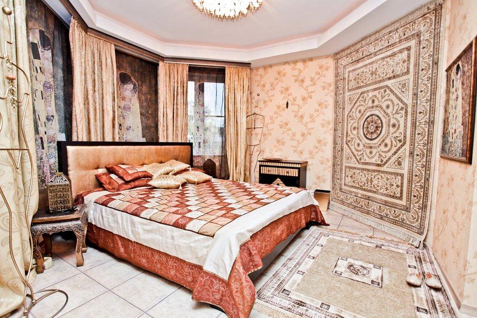 Фотография: Спальня в стиле Современный, Восточный, Дом, Дома и квартиры – фото на INMYROOM