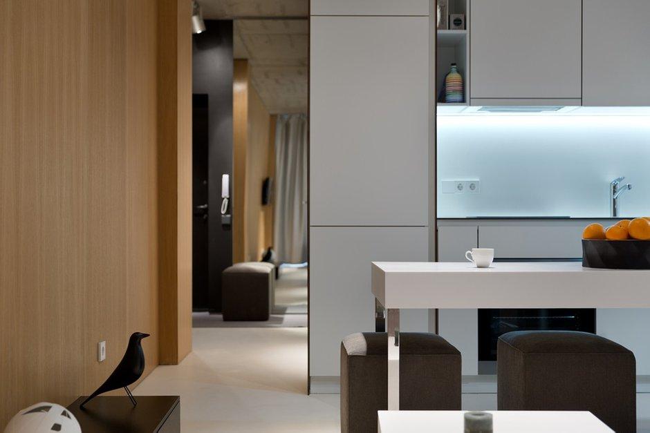 Фотография: Кухня и столовая в стиле Лофт, Современный, Малогабаритная квартира, Квартира, Украина, Дома и квартиры – фото на INMYROOM
