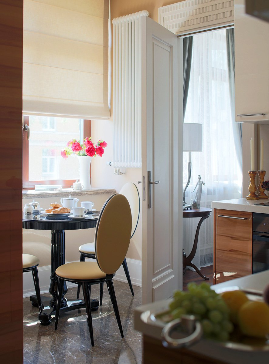 Фотография: Кухня и столовая в стиле Классический, Квартира, Проект недели, Москва, Ар-деко, Faber Group – фото на InMyRoom.ru