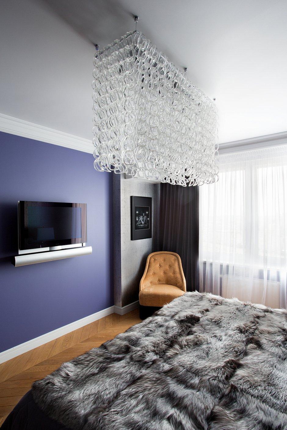 Фотография: Спальня в стиле Современный, Эклектика, Декор интерьера, Квартира, Christopher Guy, Flos, Дома и квартиры, B&B Italia – фото на InMyRoom.ru