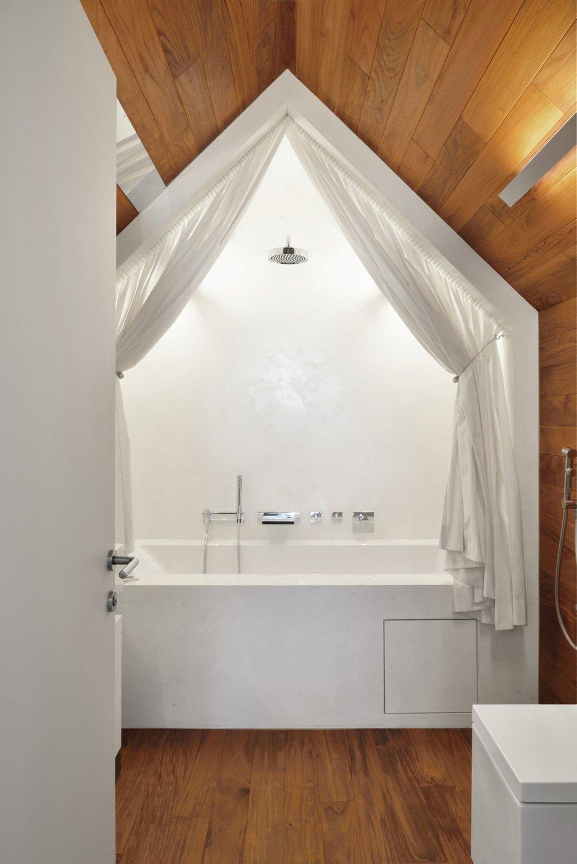 Фотография: Ванная в стиле Современный, Дом, Дома и квартиры, Минимализм, Проект недели, Перепланировка – фото на INMYROOM