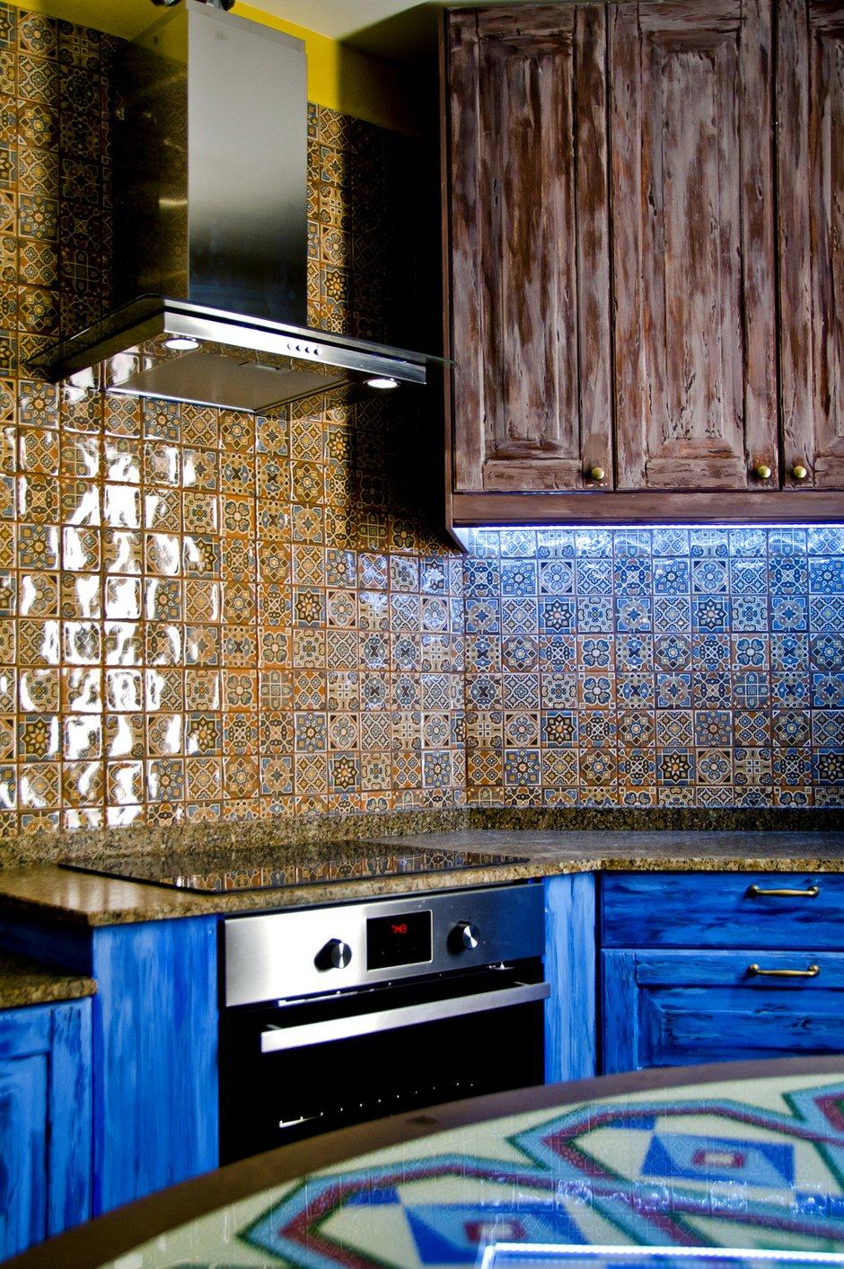 Фотография: Кухня и столовая в стиле Восточный, Интерьер комнат, Проект недели, Марокканский – фото на INMYROOM