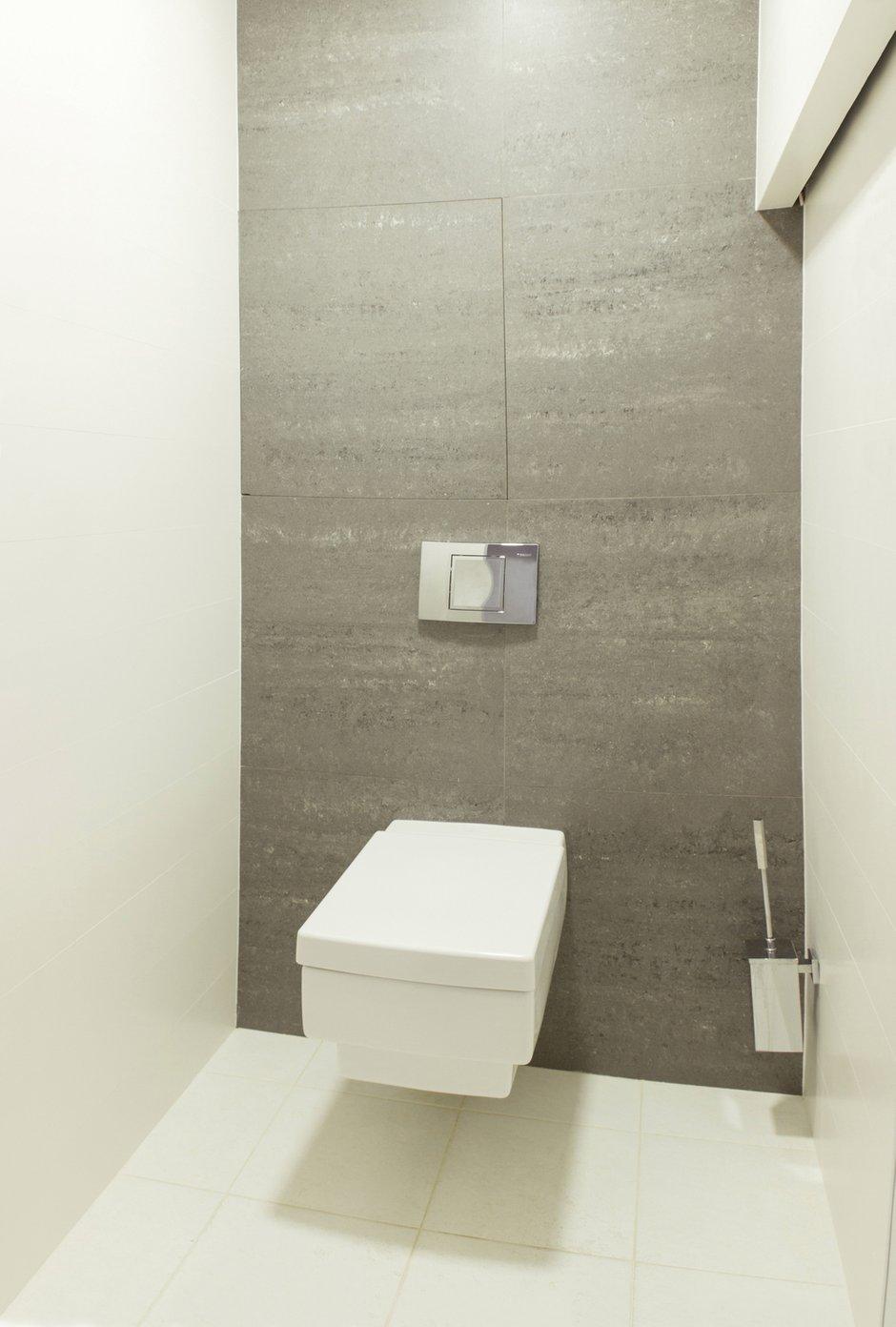 Фотография: Ванная в стиле Лофт, Квартира, Цвет в интерьере, Дома и квартиры, Белый, Минимализм, Проект недели – фото на INMYROOM