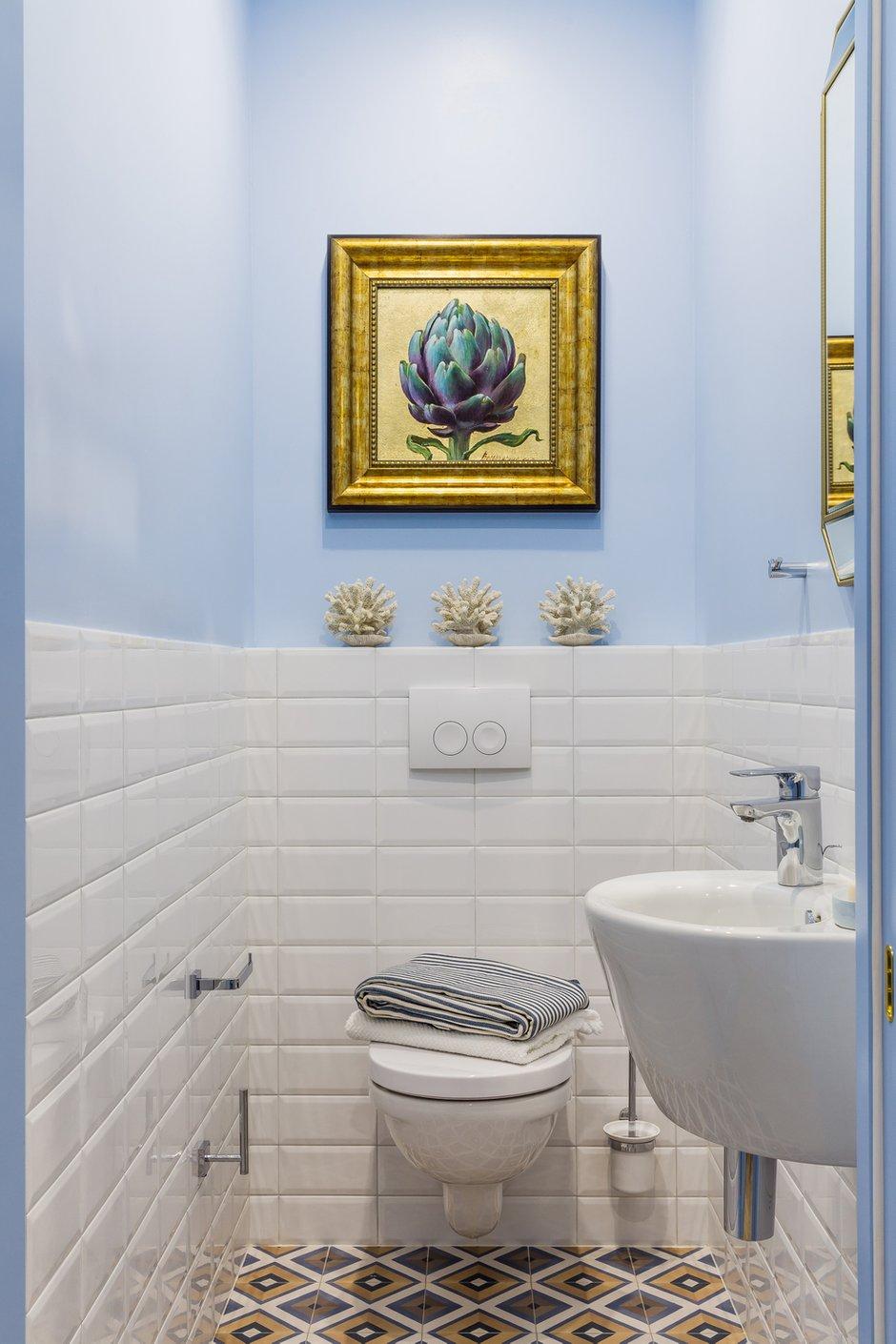 Фотография: Ванная в стиле Современный, Эклектика, Квартира, Проект недели, Бежевый, Желтый, Голубой, 3 комнаты, 60-90 метров, Анна Акопян, Анапа – фото на INMYROOM