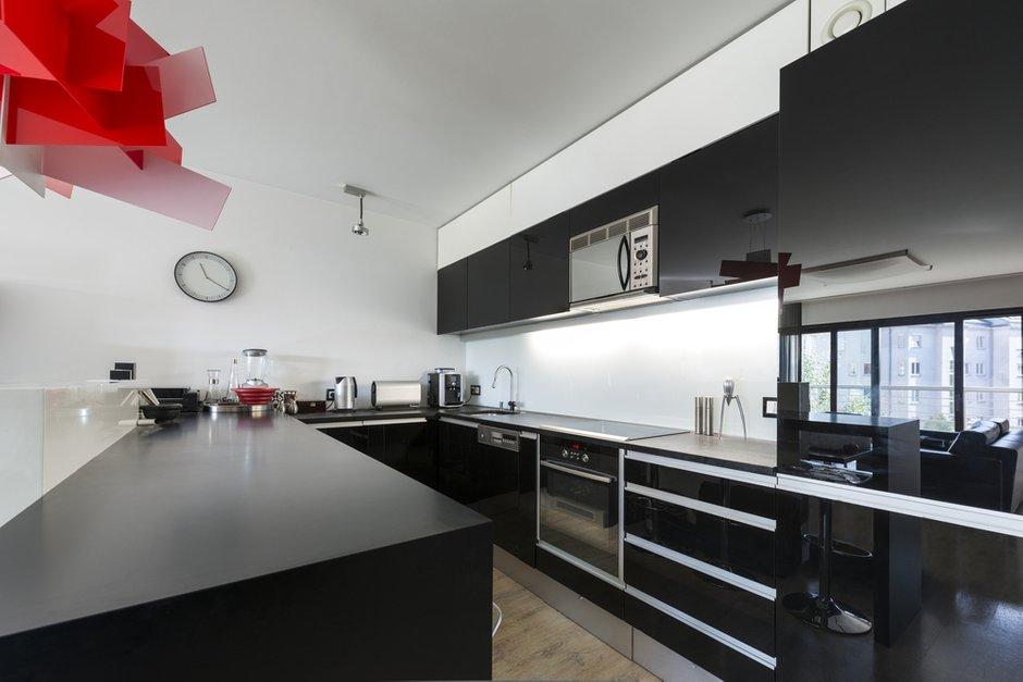 Фотография: Кухня и столовая в стиле Современный, Декор интерьера, Квартира, Дом, Дизайн интерьера, Цвет в интерьере – фото на INMYROOM