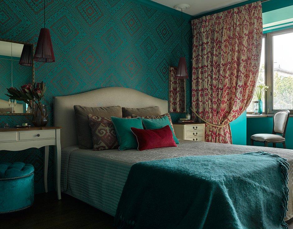 Фотография: Спальня в стиле Восточный, Квартира, Проект недели, Москва, Сталинка, Кирпичный дом, 3 комнаты, Более 90 метров, Валерия Белоусова – фото на INMYROOM