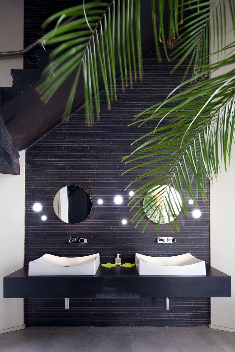 Фотография: Ванная в стиле Современный, Эклектика, Дом, Бельгия, Дома и квартиры – фото на INMYROOM