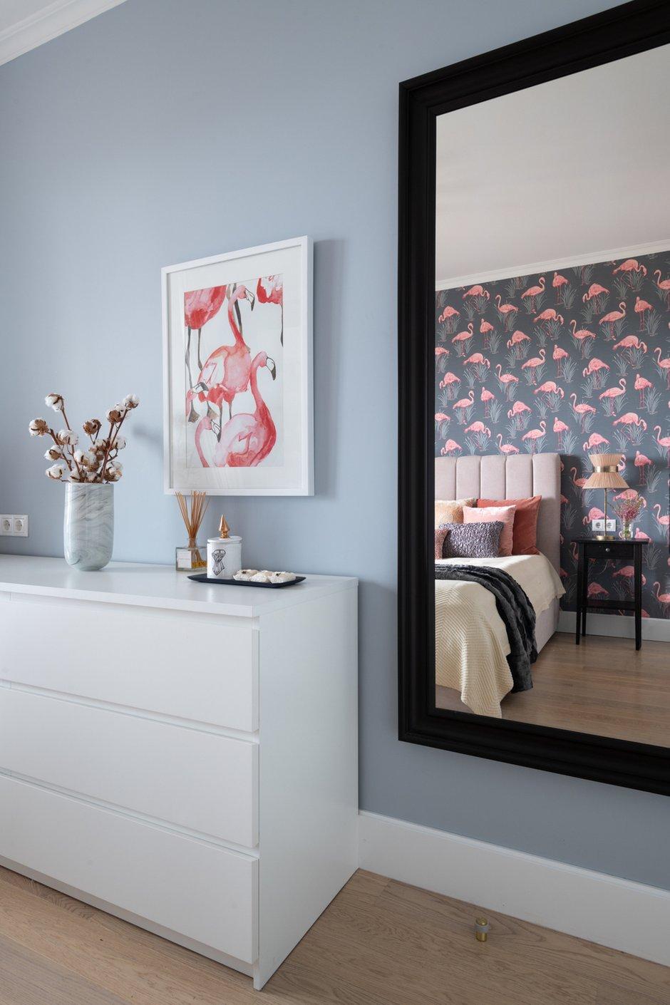 Фотография: Спальня в стиле Современный, Квартира, Проект недели, Москва, 2 комнаты, 40-60 метров, Марина Каралкина – фото на INMYROOM