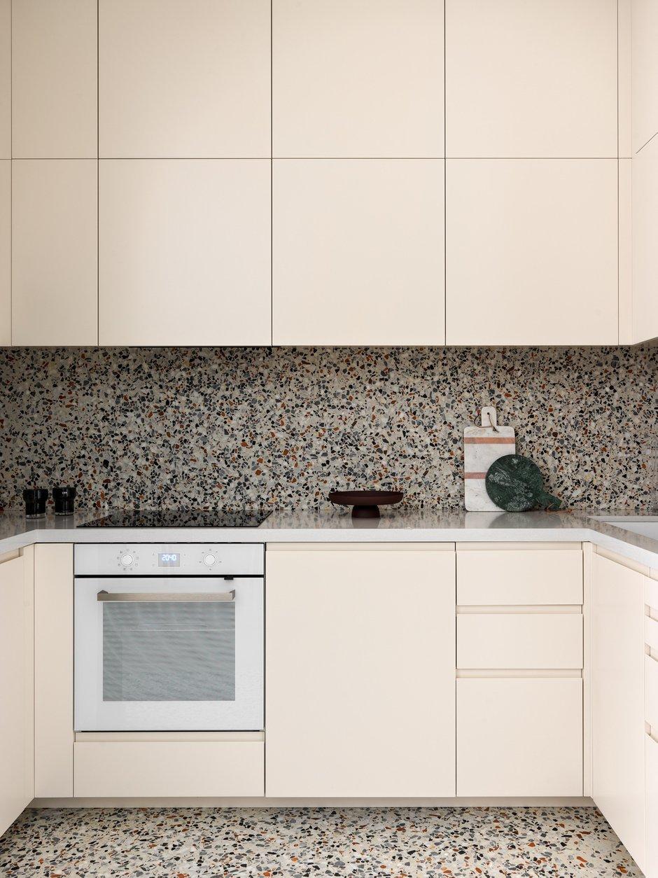 Фотография: Кухня и столовая в стиле Современный, Квартира, Проект недели, Москва, 4 и больше, Более 90 метров, ТУДА – фото на INMYROOM