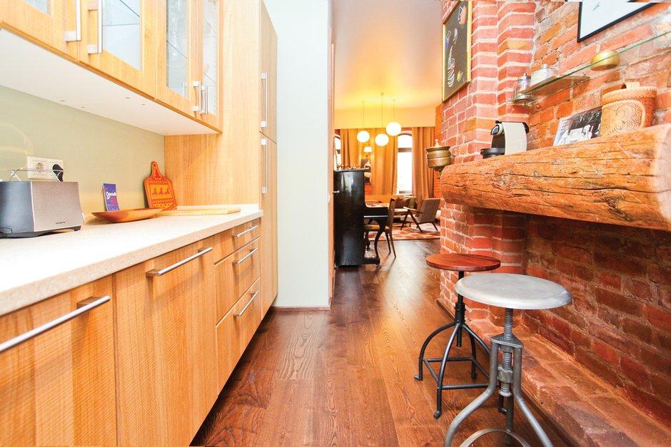 Фотография: Кухня и столовая в стиле Лофт, Декор интерьера, Дом, Дома и квартиры, Стена – фото на INMYROOM
