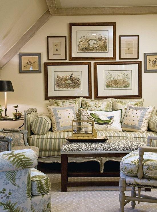 Фотография: Гостиная в стиле Прованс и Кантри, Восточный, Классический, Декор интерьера, Декор дома, Картины – фото на INMYROOM