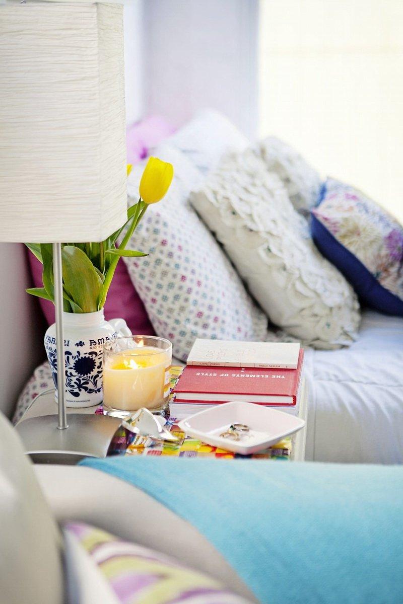 Фотография: Спальня в стиле Скандинавский, Малогабаритная квартира, Квартира, Цвет в интерьере, Дома и квартиры – фото на InMyRoom.ru