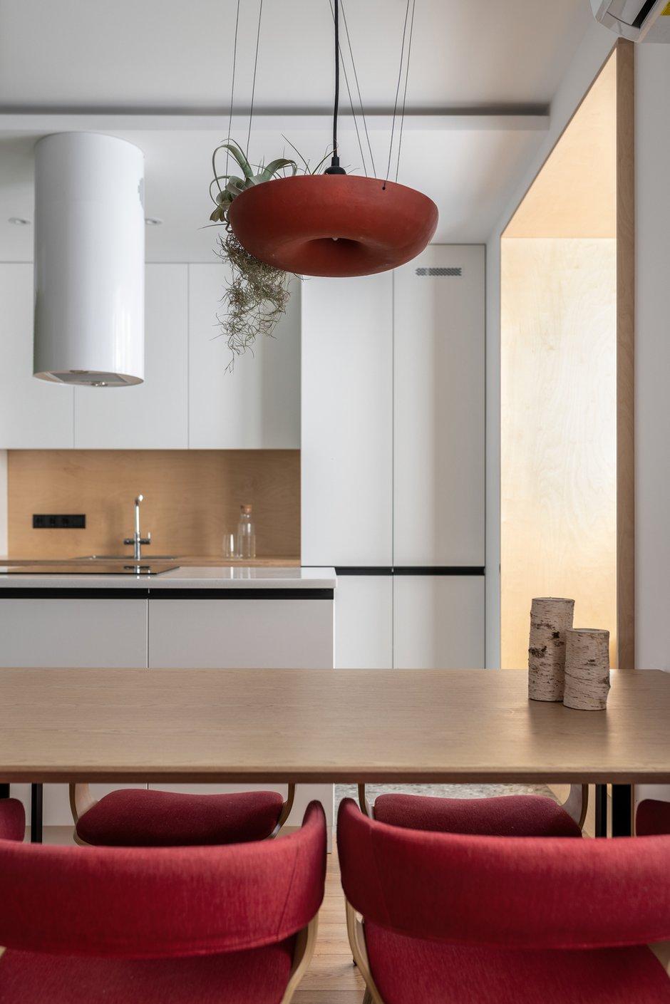 Фотография: Кухня и столовая в стиле Скандинавский, Минимализм, Квартира, Украина, Проект недели, 2 комнаты, 60-90 метров, Lauri Brothers – фото на INMYROOM